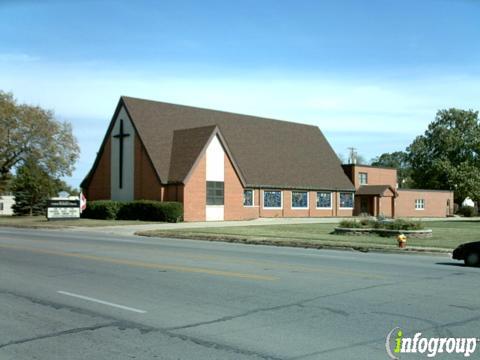 Ft Des Moines United Methodist Church   6205 SW 9th St, Des Moines, IA, 50315   +1 (515) 285-6545