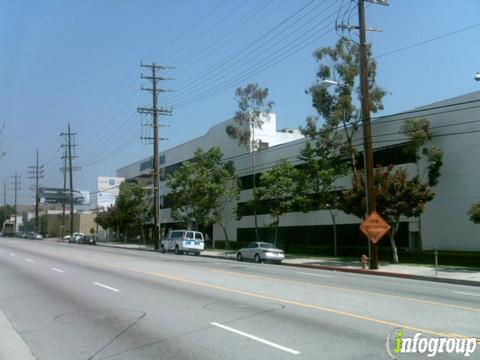 Au101 West Los Angeles Animal Hospital | 1900 S Sepulveda Blvd, Los Angeles, CA, 90025 | +1 (310) 689-2020