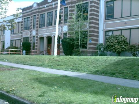 Roseway Heights Sun Community School | 7334 NE Siskiyou St, Portland, OR, 97213 | +1 (503) 916-5600